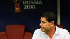 Fernando Hierro, en el banquillo durante un partido del Mundial. (Getty)