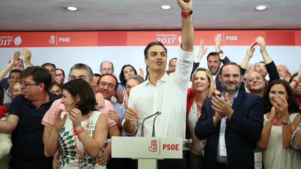Pedro Sánchez y su equipo  cuando recuperó la secretaría general del PSOE.
