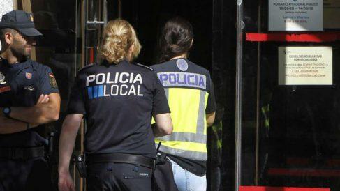 La Operación Enredadera deja al menos 35 detenidos (EFE).