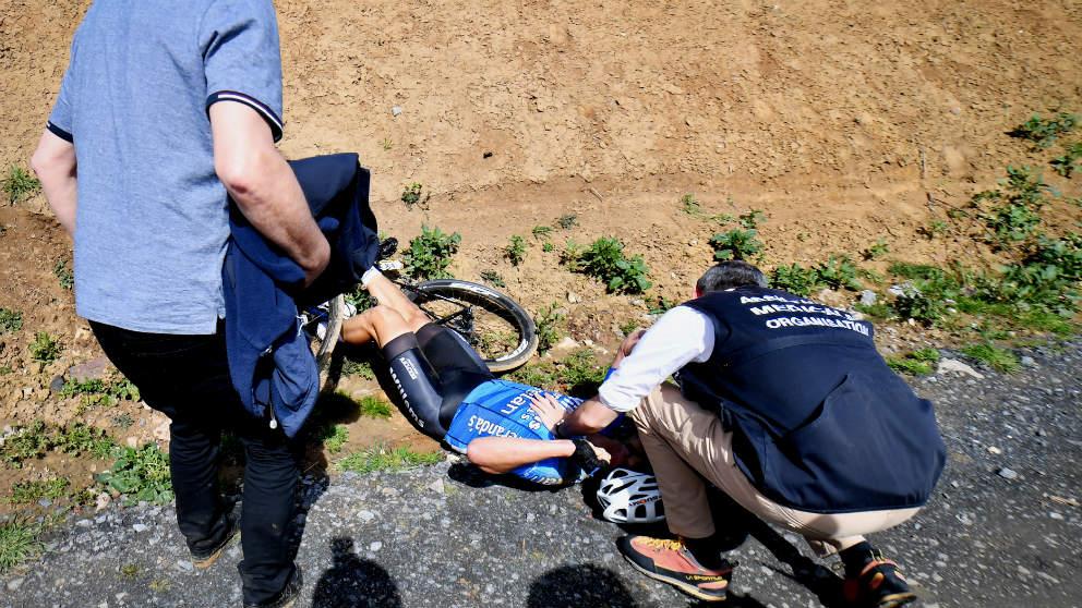 El belga Michael Goolaerts falleció en la París-Roubaix. (AFP)