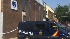 La Policía en la sede de la empresa sospechosa de la Operación Enredadera. (Foto. EP )
