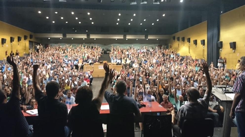 Asamblea General de trabajadores de la EMT de Madrid.