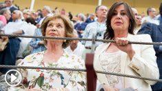 Carmen Martínez-Bordiú junto a su madre, Carmen Franco. (Foto: AFP)