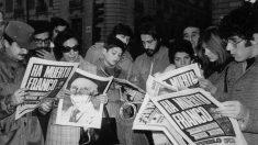 Españoles enterándose de la muerte de Franco en 1975. (Foto. GETTY)