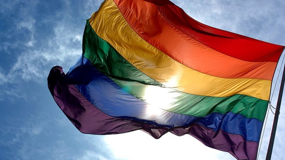 Descubre aquí el significan los colores de la bandera del Orgullo Gay