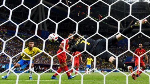 courtois-brasil-belgica-mundial2018