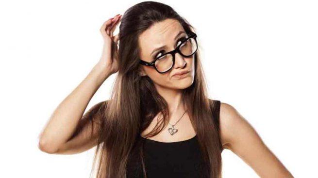 ¿Pueden los piojos caerse de tu cabello?