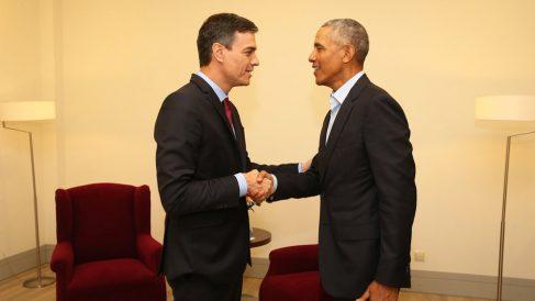 Pedro Sánchez y Barack Obama. (Foto: @sanchezcastejon)