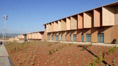 Fachada del centro penitenciario de Lledoners, inaugurado por José Montila en 2008.