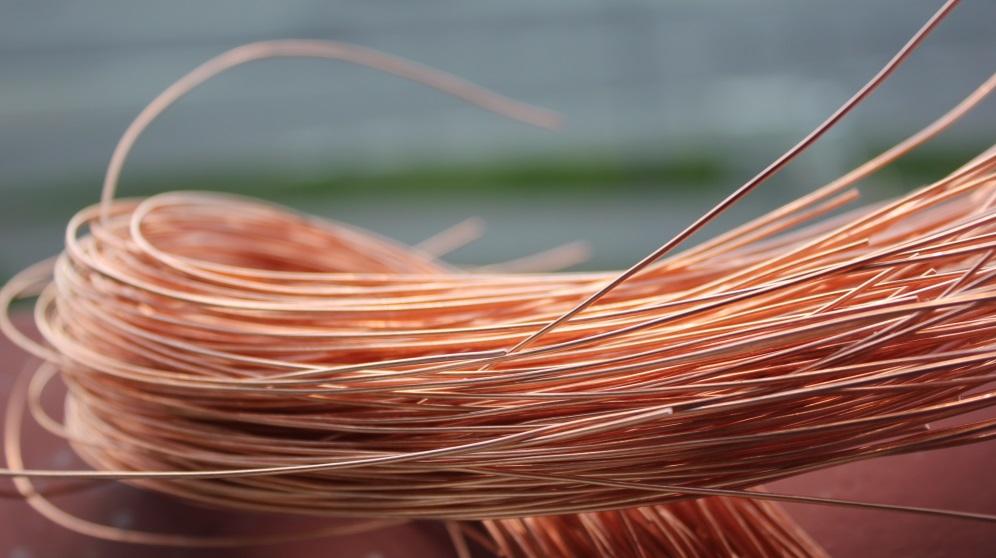 Pasos para pelar cables de cobre de forma correcta