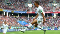Raphael Varane celebra su gol ante Uruguay (Getty).