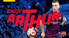 Arthur ya es nuevo jugador del Barcelona.