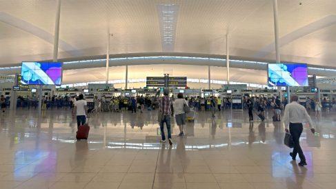 Embarque en el aeropuerto de Barcelona-El Prat (Foto: iStock)