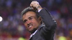 Luis Enrique celebra su último título con el Barcelona. (AFP)