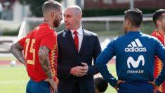 Rubiales nombra a Luis Enrique sin consultar con los jugadores. (sefutbol.com)