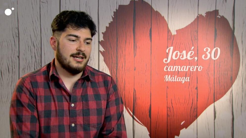 José, ve cosas extrañas en 'First Dates'