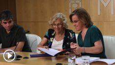 Jorge García Castaño, Manuela Carmena y Puri Causapié, en la firma del acuerdo. (Foto. Madrid)