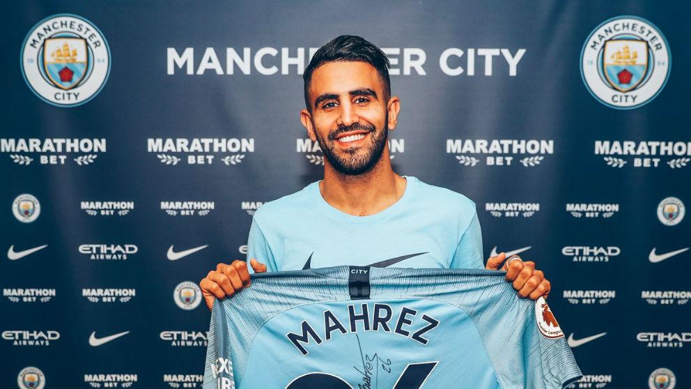 Mahrez, nuevo jugador del Manchester City. (mancity.com)
