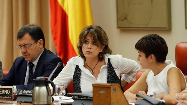 Delgado defiende ante jueces y fiscales la elección política del CGPJ que antes rechazaba