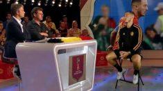 Eden Hazard dio una entrevista y su holograma apareció en el plató de televisión.