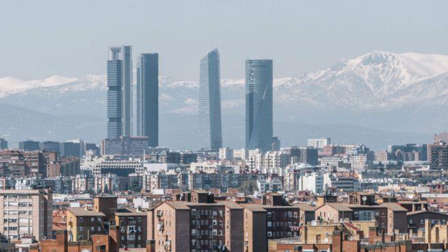 Las empresas españolas prevén recortes de empleo e inversión en el próximo año