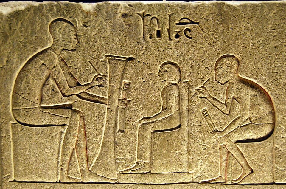 Los siempre interesantes jeroglíficos egipcios.