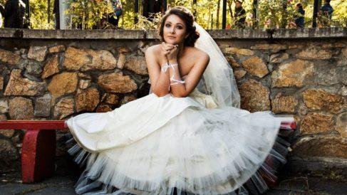 Por qué es blanco el vestido de novia