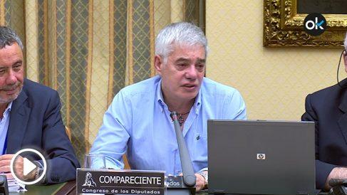 Francisco José Garzón, maquinista del Alvia que descarriló en Angrois, emocionado tras el acoso de Rufián.
