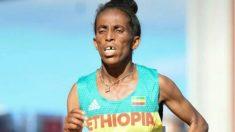 La atleta etíope Girmawit Gebrzihair durante su participación en el Mundial Sub'20. (Twitter)