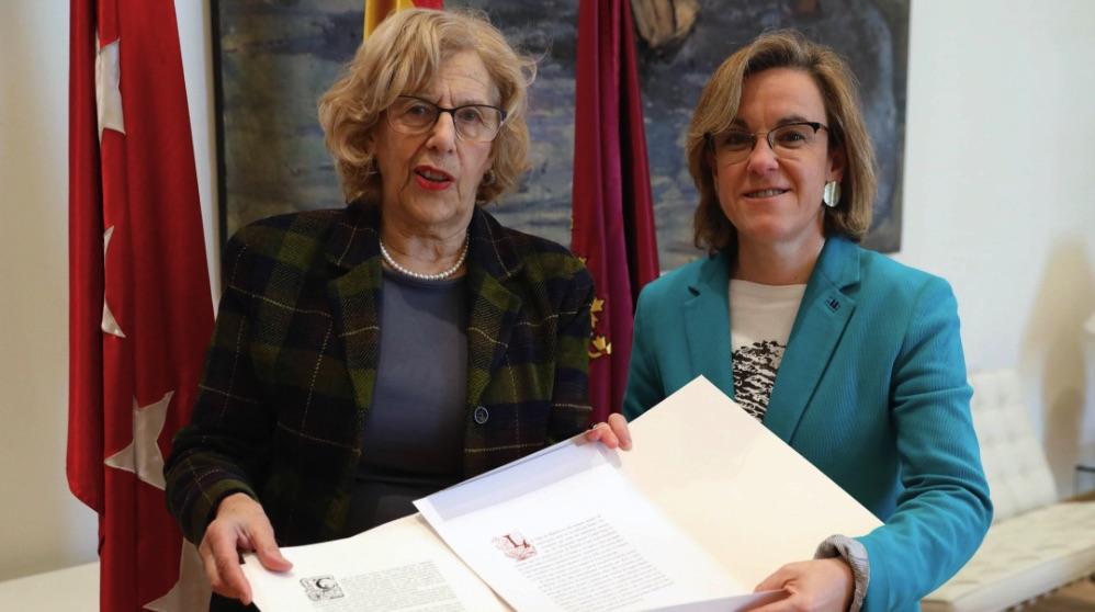 Manuela Carmena y la líder de los socialistas Puri Causapié. (Foto. Madrid)