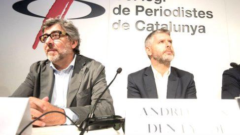 Los abogados Jordi Pina y Andreu Van Den Eynde, este viernes (Foto: EFE).