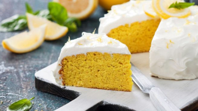 bizcocho de almendra, mandarina y limón