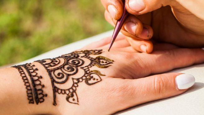 Cómo Hacer Un Tatuaje De Henna En Casa