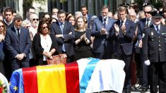 Ana Pastor, Mariano Rajoy y Alberto Núñez Feijóo en el funeral por Gerardo Fernández Albor. (Foto: EFE)