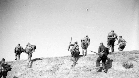 Un grupo de milicianos durante la Guerra Civil española. (Foto: MECD-Herederos de Alfonso)