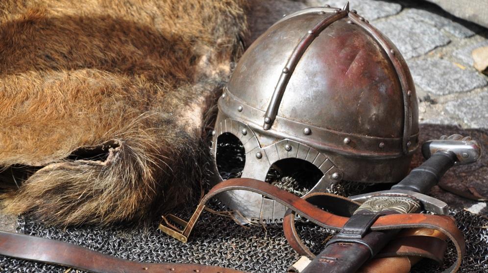 Cómo hacer un casco medieval paso a paso y fácilmente