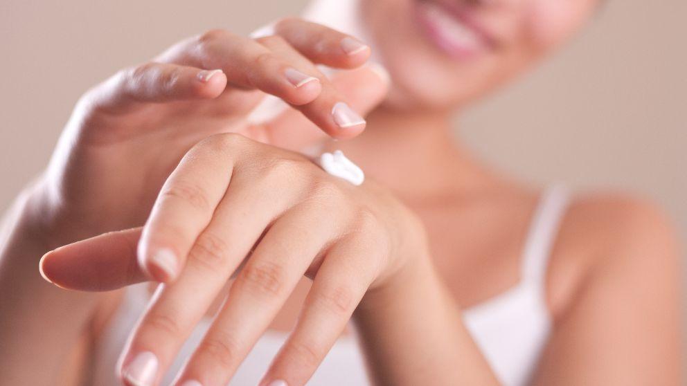 Pasos para hacer una crema hidratante de manos casera