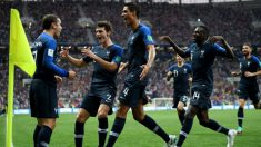 Francia celebra su primer gol en la final. (AFP) | Final Mundial Fútbol