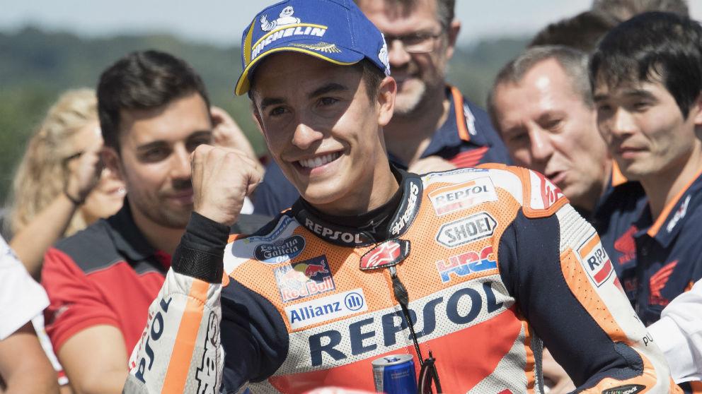 Marc Márquez ha ganado el GP de Alemania de MotoGP por delante de los pilotos de Yamaha, Valentino Rossi y Maverick Viñales. (Getty)