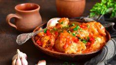 Pollo marinado con verduras