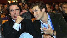 Pablo Casado y José María Aznar.