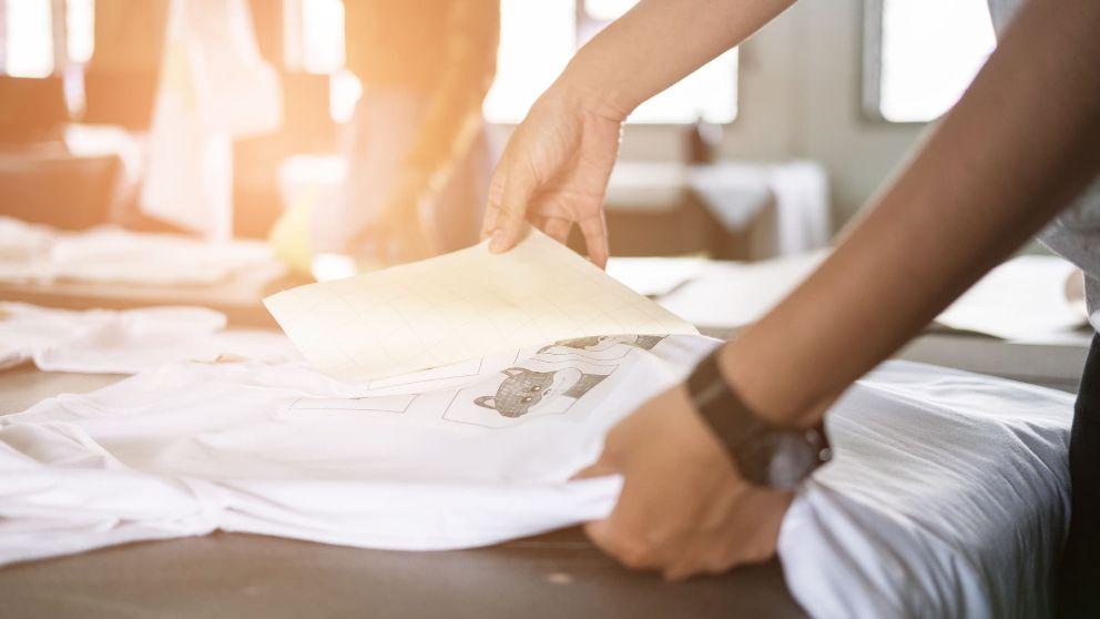 Pasos para  estampar camisetas en casa