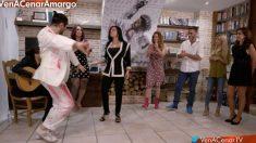 Rafael Amargo ha cerrado bailando 'Ven a cenar conmigo: Summer Edition'. (Foto: Cuatro)