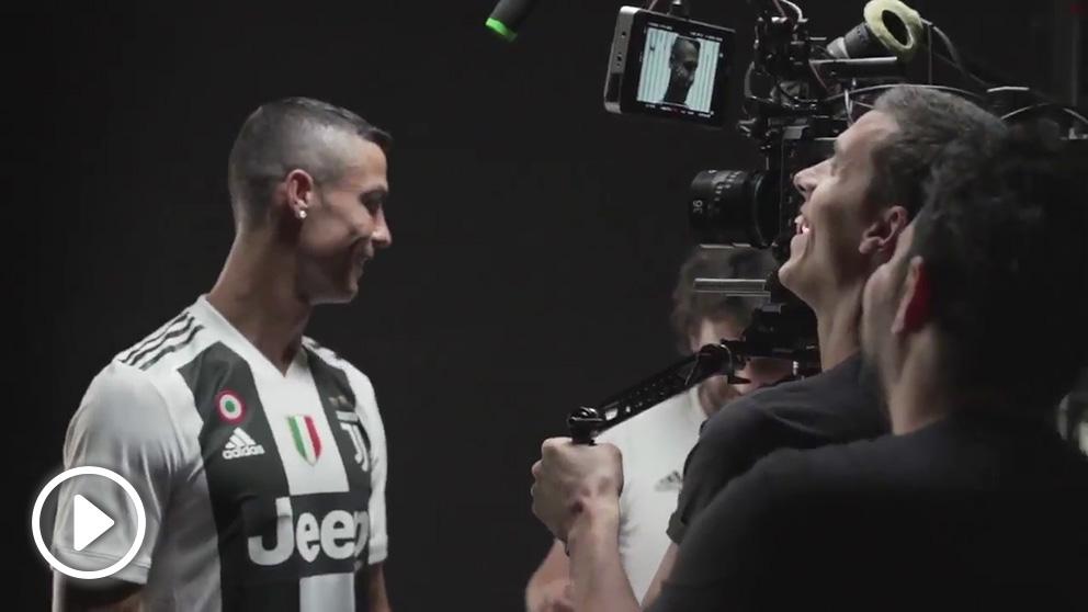 Cristiano Ronaldo vivió un día frenético en su estreno con la Juventus.