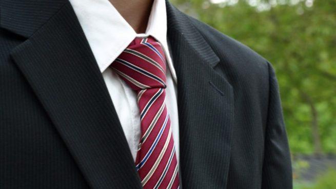 La ciencia explica por qué las corbatas son malas para la salud