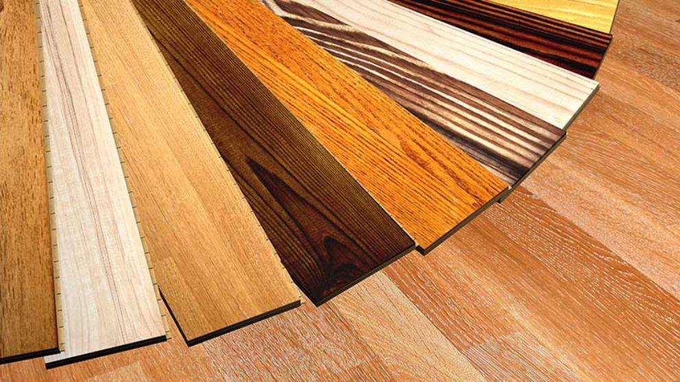 Oscurece el parquet de madera con estos pasos