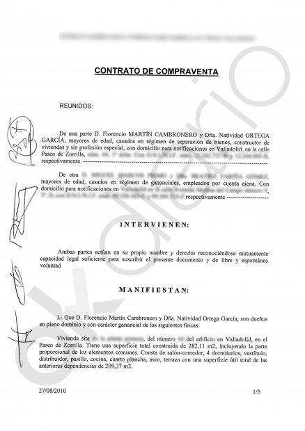 Contrato de compraventa en arras entre M. M. y los entonces propietarios el 27 de agosto de 2010 en las oficinas de la inmobiliaria Finvall.