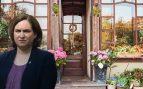 Colau multa con 1.200 € a las floristerías por las plantas en la calle mientras apoya el top manta
