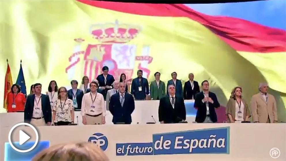 El himno de España ha abierto el congreso del PP