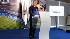 Florentino Pérez durante la presentación de Vinicius. (realmadrid.com)